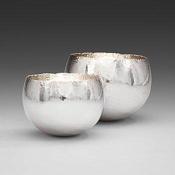 599. Two Rey Urban semispherical sterling bowls, Stockholm 1977.