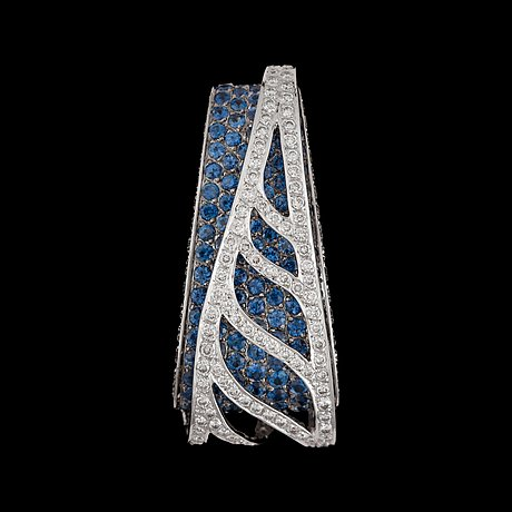 A sapphire and brilliant-cut diamond pendant. sapphires total carat weight circa 3.00 cts.