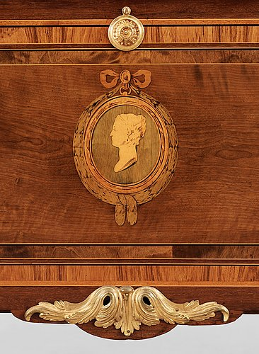 A gustavian commode circa 1780 by georg haupt, not signed.