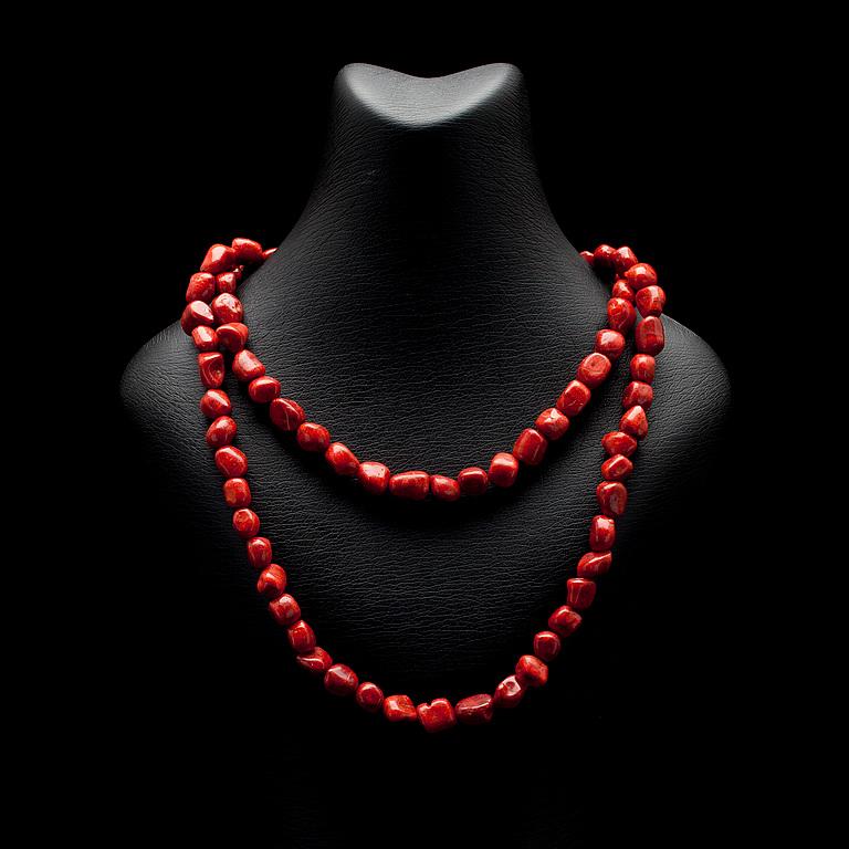 röd korall halsband