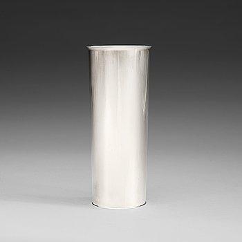 603. A Sigurd Persson sterling vase, Stockholm 1966.