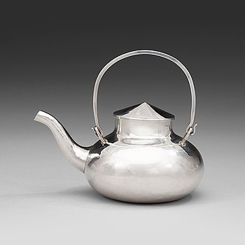605. A Carl G.H. Jahnsson silver teapot, Stockholm 1965.