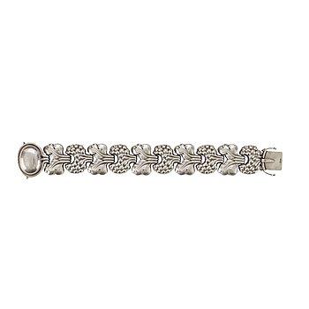 613. A Georg Jensen sterling bracelet, Copenhagen 1945-77.