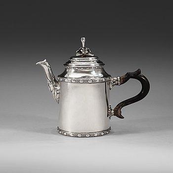 1002. A Finnish 18th century silver tea-pot, marks of Carl Fredrik Borgström, Åbo 1780.