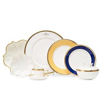 "16. A Karin Björquist 55 pcs bone china ""Nobel"" dinner service by Rörstrand."