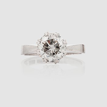 1130. A 2.15 ct old-cut diamond ring.