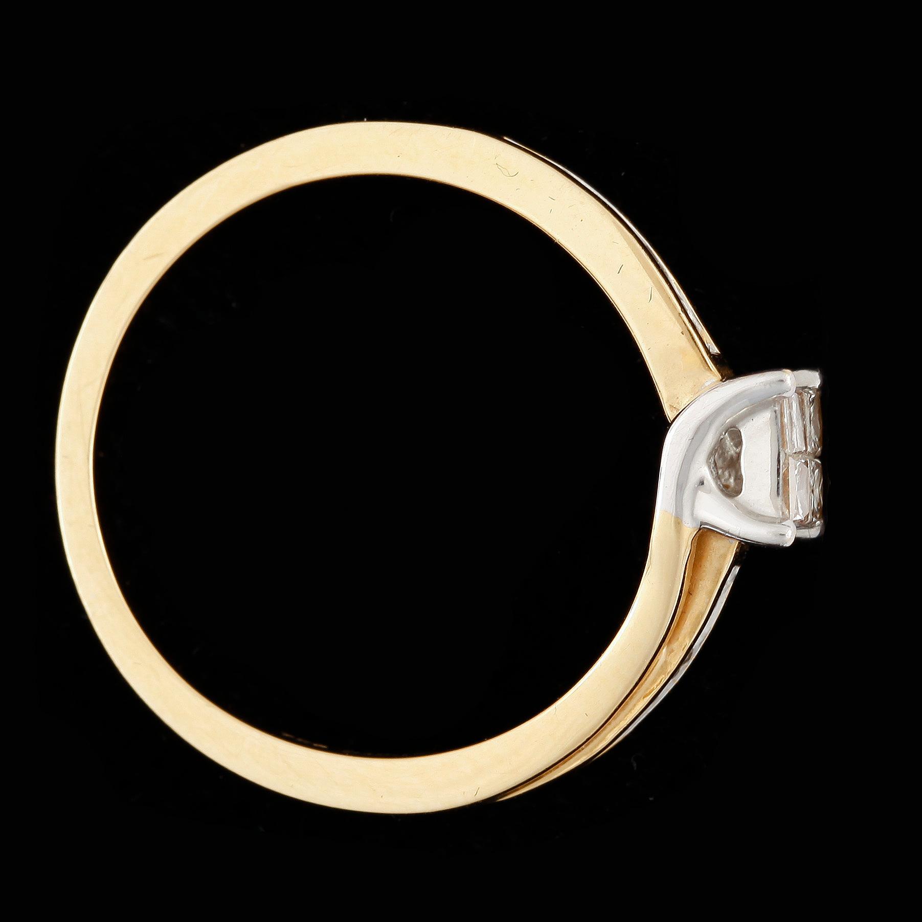 0ef30705f735 RING, 18k guld, små prinsesslipade diamanter, Guldfynd, Hallbergs Guld/Albrekts  Guld. Vikt ca 3,4g. - Bukowskis