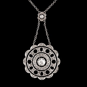 6. A old-cut and rose-cut diamond, circa 0.35 ct in total,  necklace.