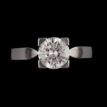 11. Diamantgradering, A brilliant-cut diamond ring.