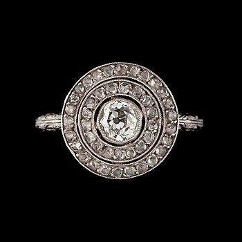 4. A Tiffany & Co old-cut diamond, circa 0.42 ct, and rose-cut diamond, circa 1 ct in total, ring.