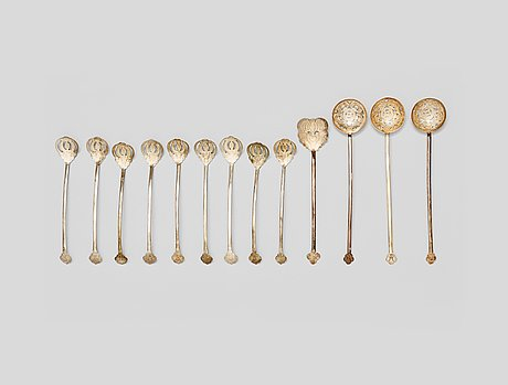 A set of openwork silver spoons, late qing dynasty (1644-1912).