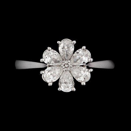 A diamond, circa 0.86 ct in total, ring.