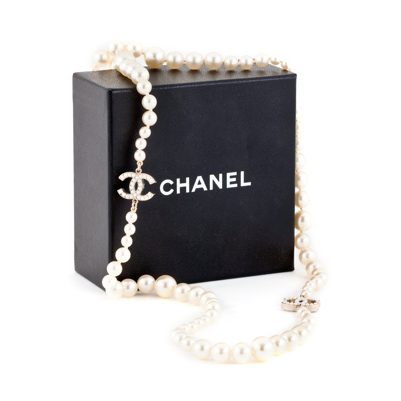chanel halsband pärlor