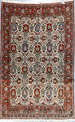 SEMI-ANTIQUE, VERAMIN, PART SILK, ca 315x205 cm.