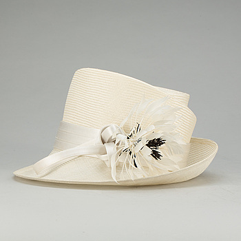HATT, Philip Treacy, London, 2000-tal.