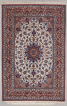 MATTA, old, Isfahan, part silk, ca 236 x 155 cm.