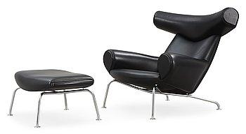 """91. FÅTÖLJ samt FOTPALL, Hans J Wegner, """"Ox-Chair"""", Erik Jørgensen, Danmark ca 2010."""