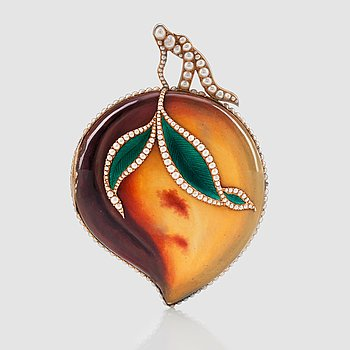 1063. An Ilbery, London, pocket watch in the shape of a peach. Made for the Chinese market.