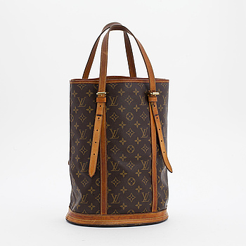 "VÄSKA, Louis Vuitton, ""Bucket GM""."