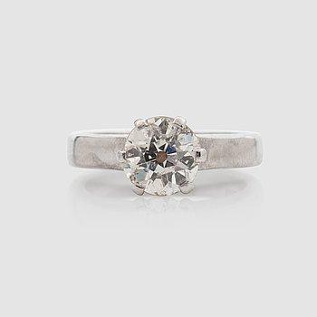 1437. An old-cut diamond ring, circa 1.50 cts. Quality circa K/SI2.