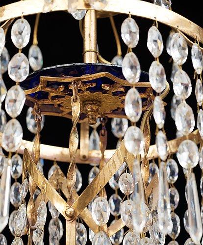 A late gustavian circa 1800 five-light chandelier.