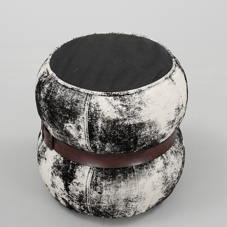sittpuff chubby chic pouf moroso diesel 2000 tal bukowskis market. Black Bedroom Furniture Sets. Home Design Ideas
