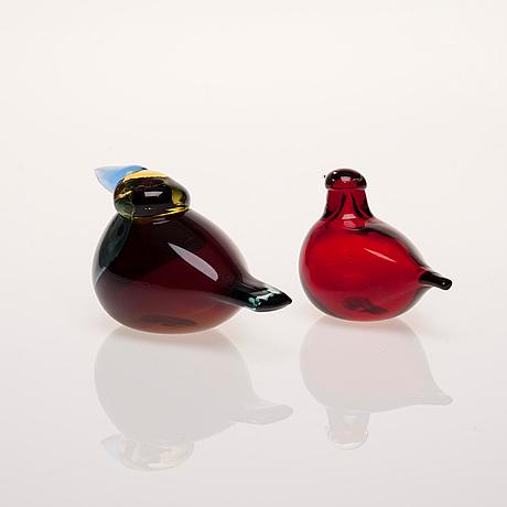 Figuriner, 2 st, glas, signerad o. toikka, nuutajärvi.
