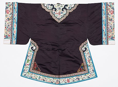 Jacket, silk. china early 20th century. height 105 cm.