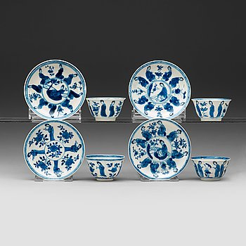 8. A set of four matched blue and white cups and saucers, Qing dynasty Kangxi (1662-1722).
