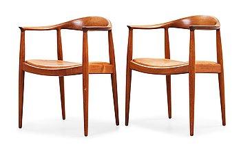 """2. HANS J WEGNER, """"The Chair"""", ett par, Johannes Hansen, Danmark, 1950-60-tal."""
