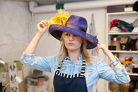 Malinda damgaard, skräddarsydd hatt/coiffe (diadem).