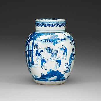 117. A blue and white jar with cover, Qing dynasty Kangxi (1662-1722).