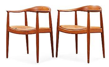 """3. HANS J WEGNER, """"The Chair"""", ett par, Johannes Hansen, Danmark 1950-60-tal."""
