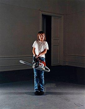 """203. Annika von Hausswolff, """"Flicka med motorsåg"""", 2002."""