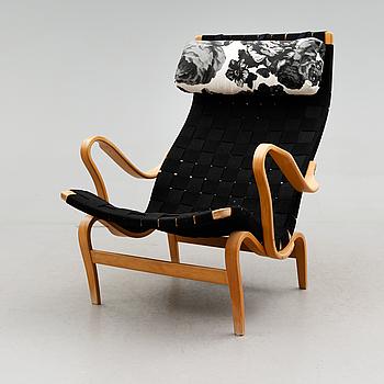 """FÅTÖLJ, """"Pernilla"""", Bruno Mathsson, DUX, 1900-talets andra hälft."""