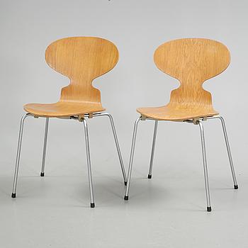 "STOLAR, ett par, ""Myran"", Arne Jacobsen, Fritz Hansen, 1969."