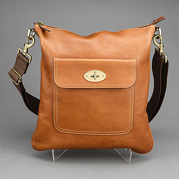 "AXELREMSVÄSKA, ""Seth messenger bag"", Mulberry."
