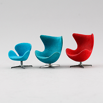 DOCKSKÅPSMÖBLER, 3 st, BRIO leksaker, Design Arne Jacobsen, 1960-70-tal.
