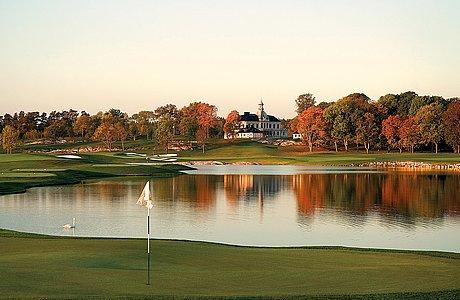 GolftÄvling pÅ bro hof slott golf club, för åtta spelare.