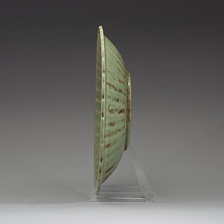Fat, celadon. mingdynastin (1368-1644).