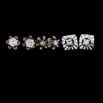ÖRHÄNGEN, 3 par, 18K vitguld, med diamanter. Total vikt ca 4 g.