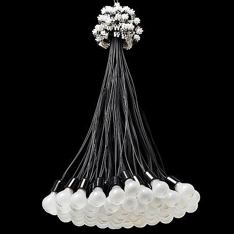 A rody graumans 85 lamps chandelier droog design holland 9486958 thumb aloadofball Choice Image
