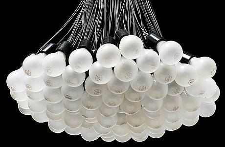 A rody graumans 85 lamps chandelier droog design holland photo bukowskis aloadofball Choice Image