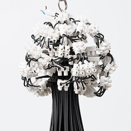 A rody graumans 85 lamps chandelier droog design holland 9486959 thumb 9486960 thumb 9486961 thumb aloadofball Choice Image