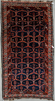 MATTA, semiantik orientalisk. Ca 362x198 cm.