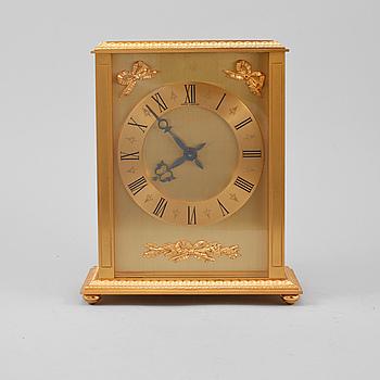 BORDSUR, Hour Lavigne, Frankrike, 1900-talets andra hälft.