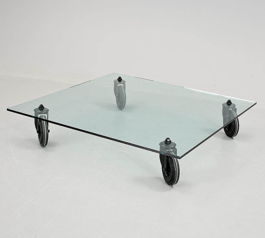 Auktionstipset - SOFFBORD Tavolo con ruote, Gae Aulenti, Fontana ...