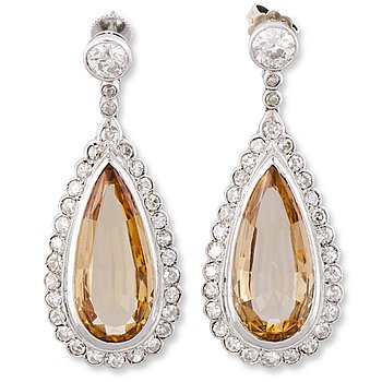 112. A PAIR OF EARRINGS, facetted topazes, old- and 8/8 cut diamonds, platinum.