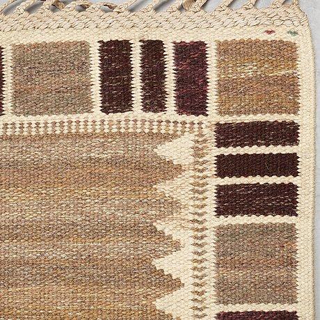 """Carpet. """"salerno grå med enkel bård"""" (""""kristianstad""""). flat weave. 465 x 360 cm. signed ab mmf bn."""