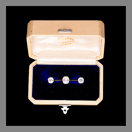 Brosch, fabergé, st. petersburg. guld och gammalslipade diamanter. original etui